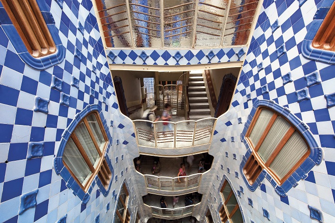Read more about The symbolism of light in Gaudi's work